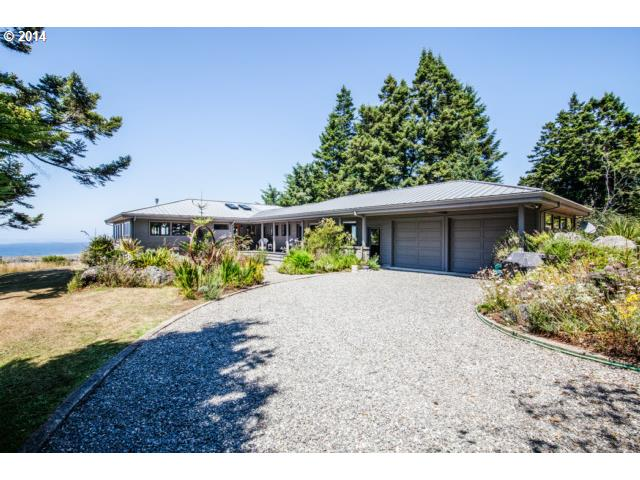 94860 SCOUTS VIEW RD, Gold Beach, OR 97444