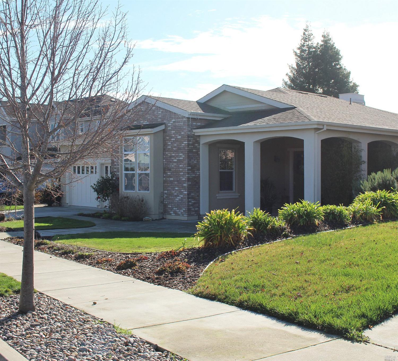1021  Samuel Drive, Petaluma, CA 94952