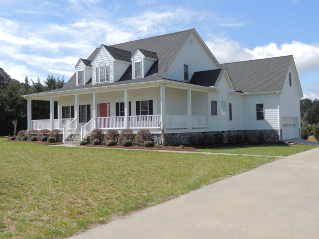 611 Forest Lane, South Hill, Virginia 23970