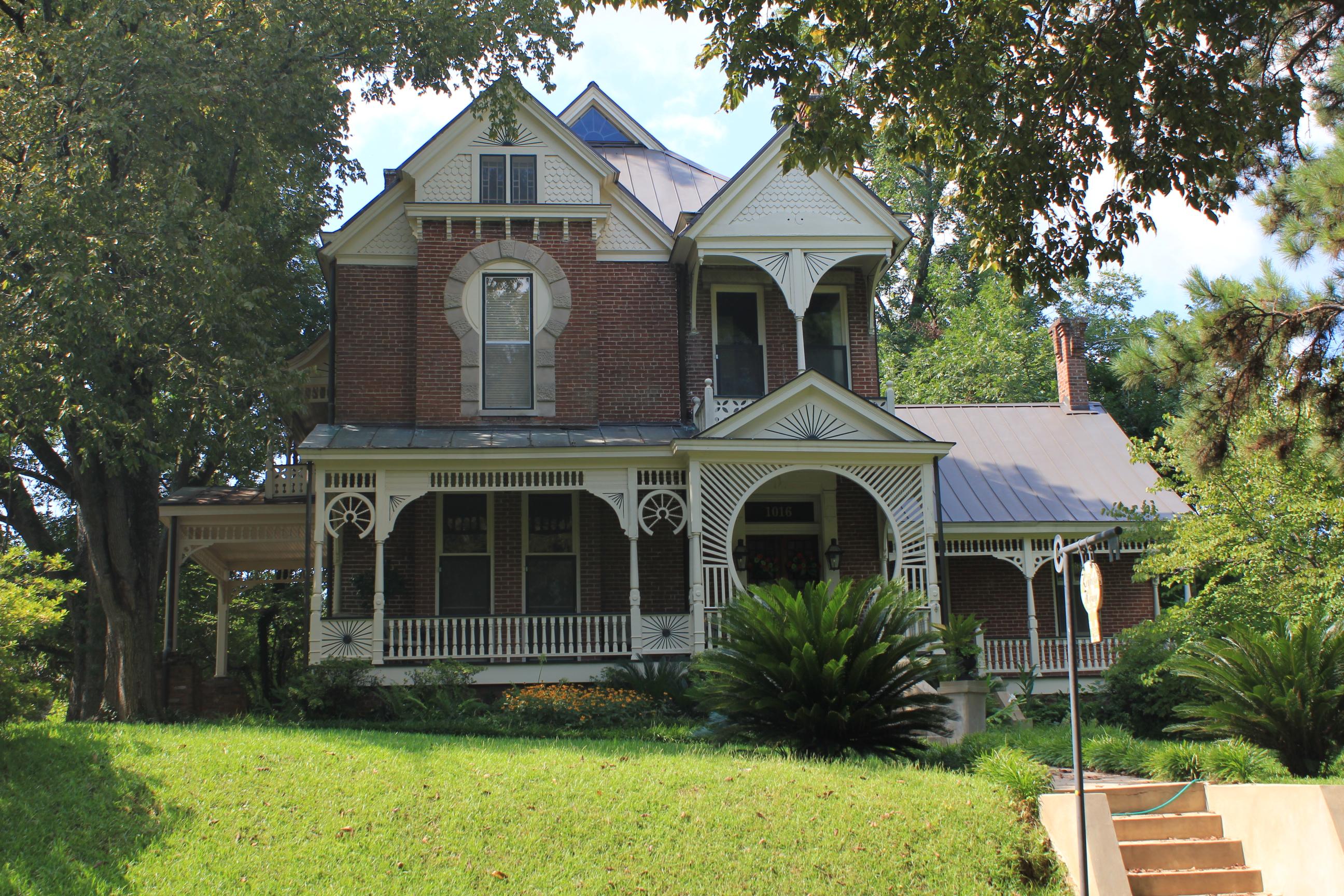 1016 Main St, Natchez, Mississippi 39120
