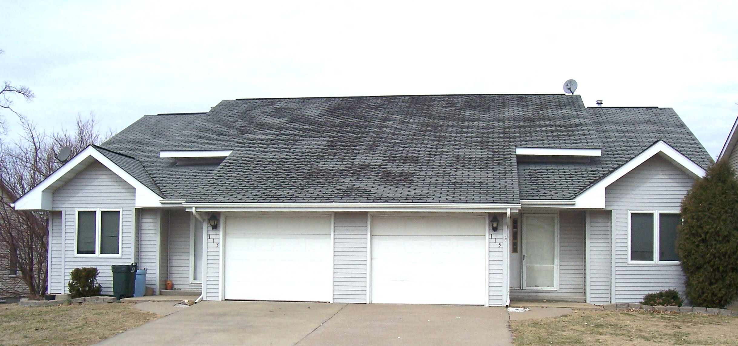 113-115 E. Hunters Rdge, Valmeyer, Illinois 62295