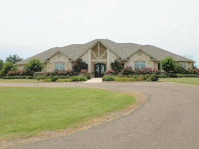 213 Haynes Blvd, Hughes Springs, Texas 75656