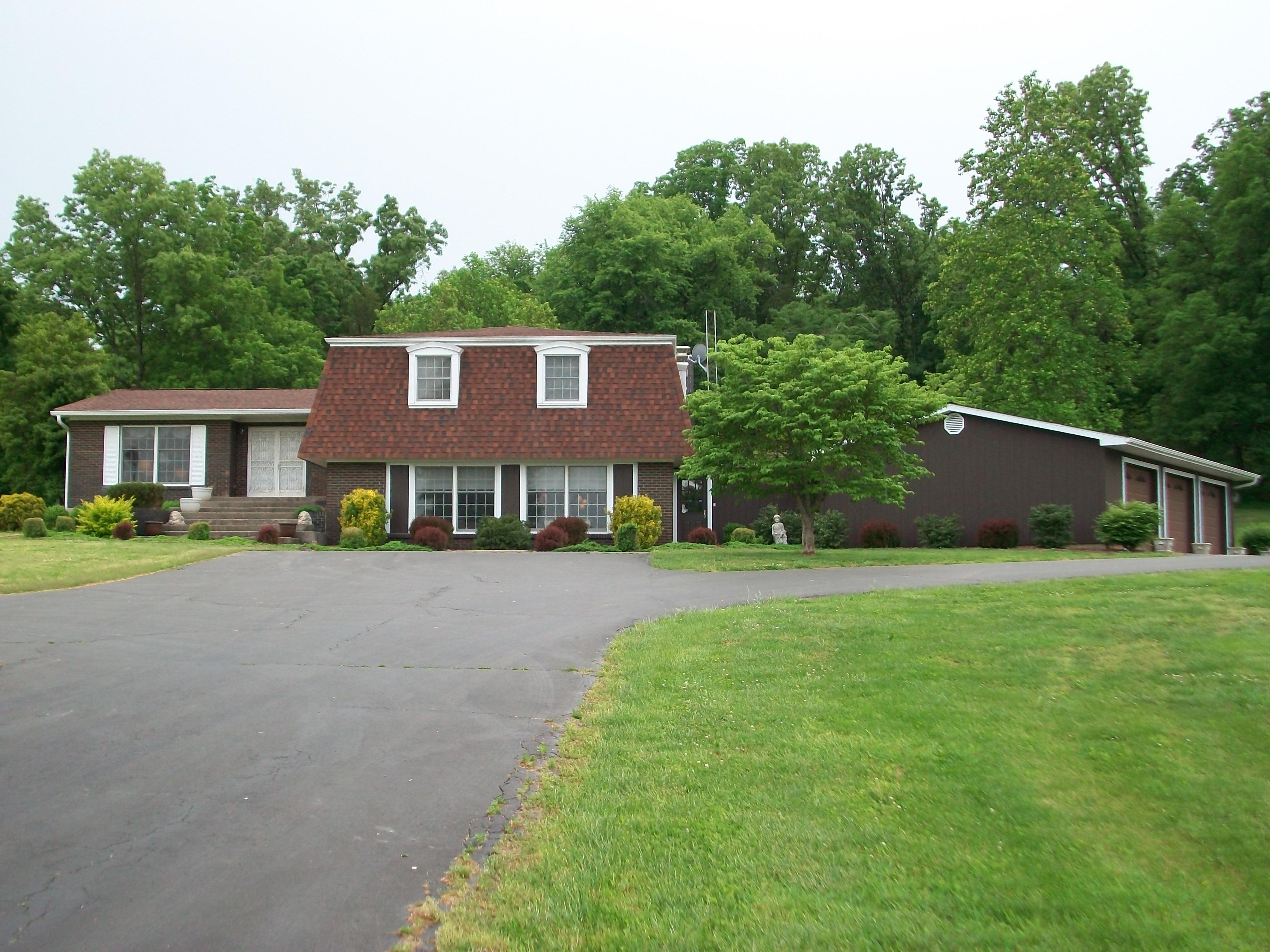 1504 West Hwy 72, Fredericktown, Missouri 63645