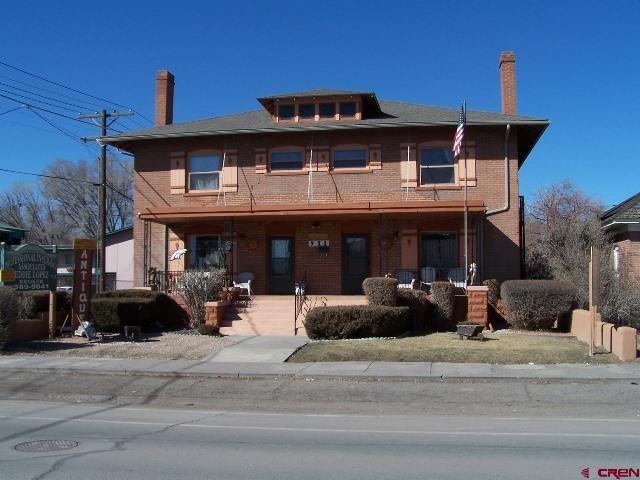 909-911 Main Street, Alamosa, CO 81101